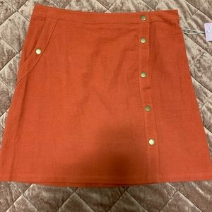 BRAND NEW! Button up skirt - rust color